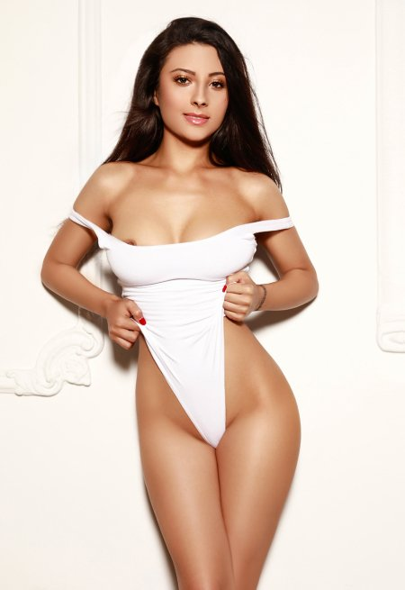 Black hair london escort Amaya located in Marylebone picture 12