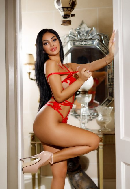Black hair london escort Jacqueline located in Mayfair picture 8