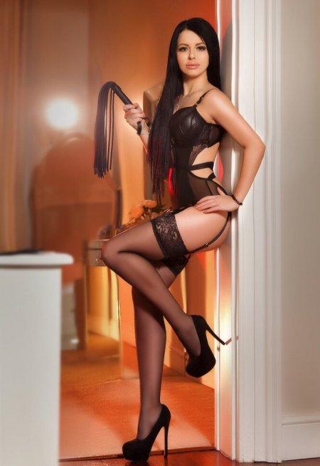 Black hair london escort Lunna located in Marylebone picture 3