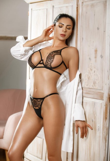 Black hair london escort Tiffany located in Paddington picture 6