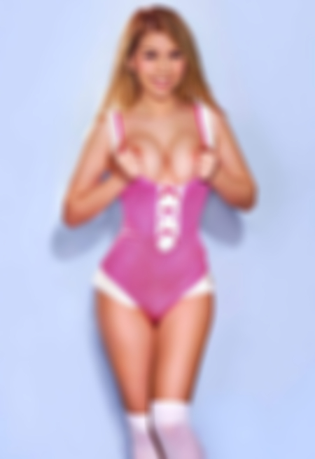 Blonde hair london escort Anays located in Knightsbridge picture 7